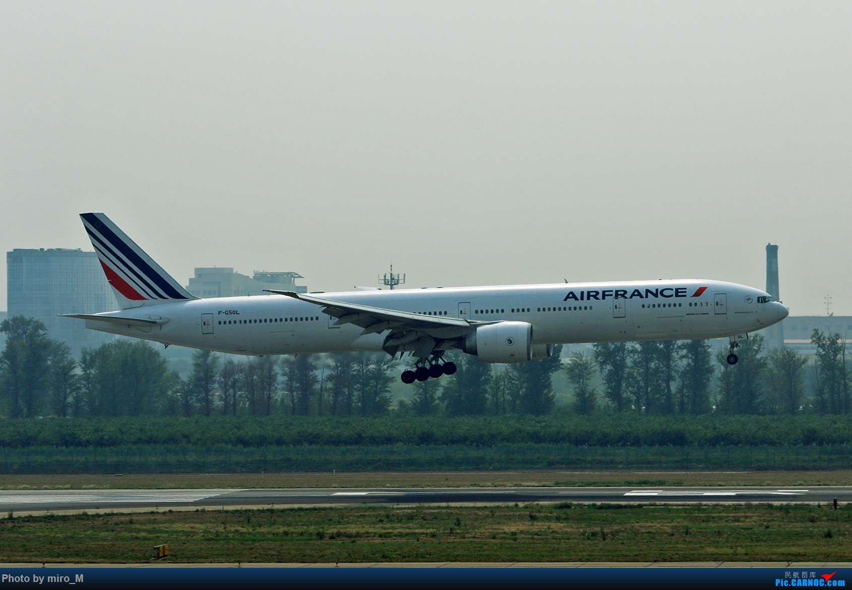 Re:[原创]欧洲浪了一圈,CS100,BAE146,fokker70等新老机型串着飞+ZRH,MUC,FRA,AMS,TLS拍机 BOEING 777-300ER F-GSQL 中国北京首都国际机场