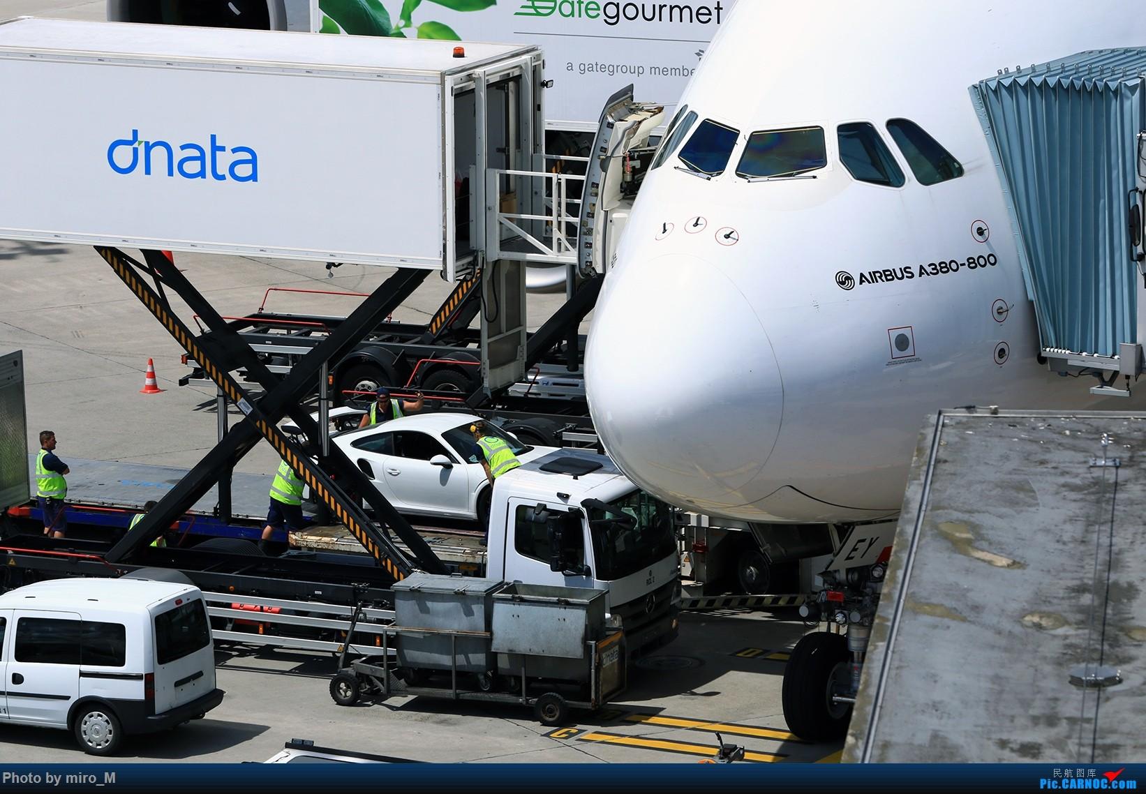 Re:[原创]欧洲浪了一圈,CS100,BAE146,fokker70等新老机型串着飞+ZRH,MUC,FRA,AMS,TLS拍机    瑞士苏黎世机场