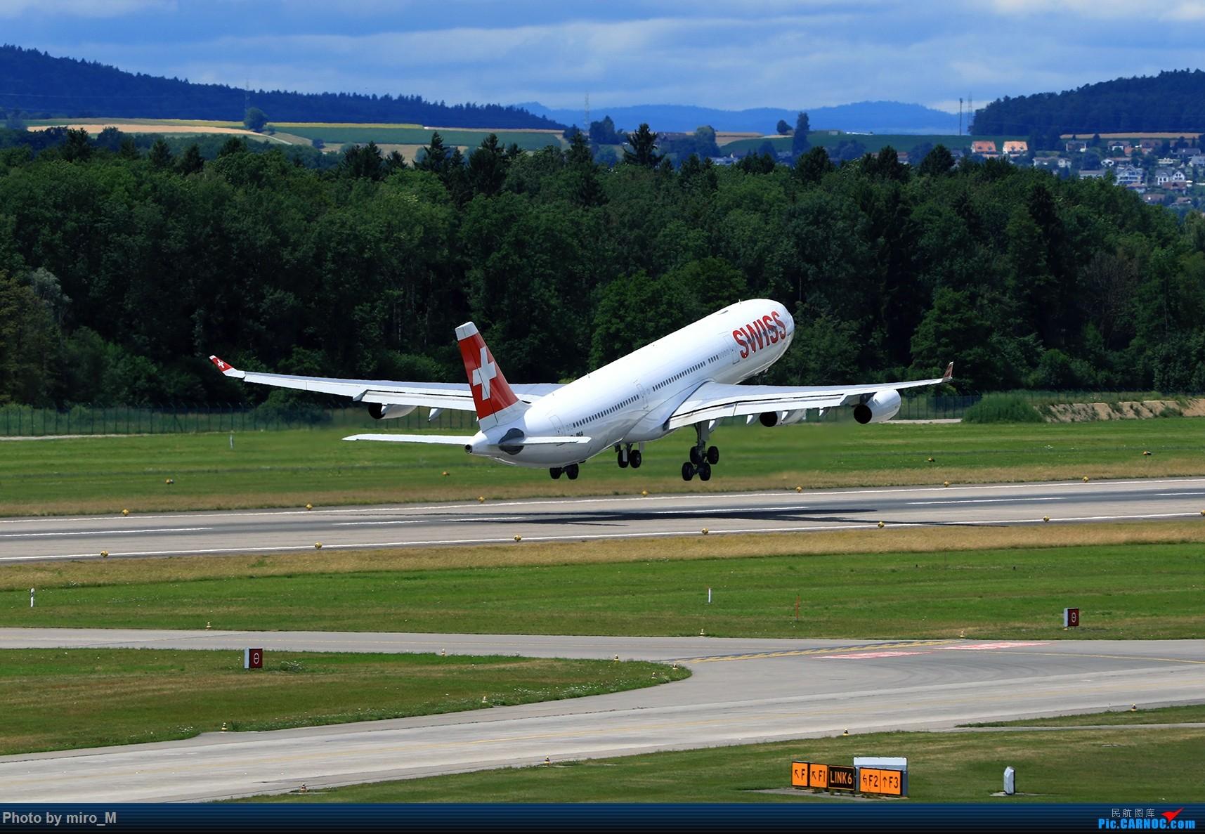 Re:[原创]欧洲浪了一圈,CS100,BAE146,fokker70等新老机型串着飞+ZRH,MUC,FRA,AMS,TLS拍机 AIRBUS A340-300 HB-IMA ZRH