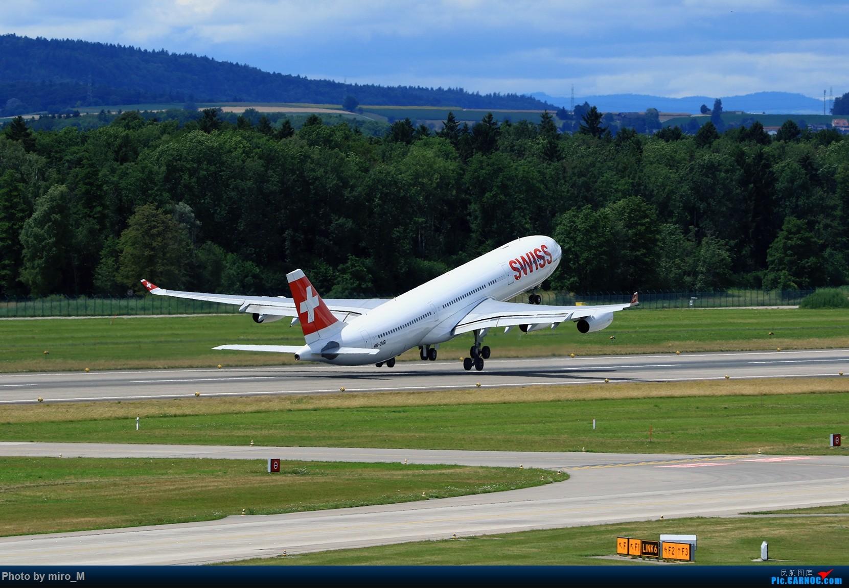 Re:[原创]欧洲浪了一圈,CS100,BAE146,fokker70等新老机型串着飞+ZRH,MUC,FRA,AMS,TLS拍机 AIRBUS A340-300 HB-JMB ZRH