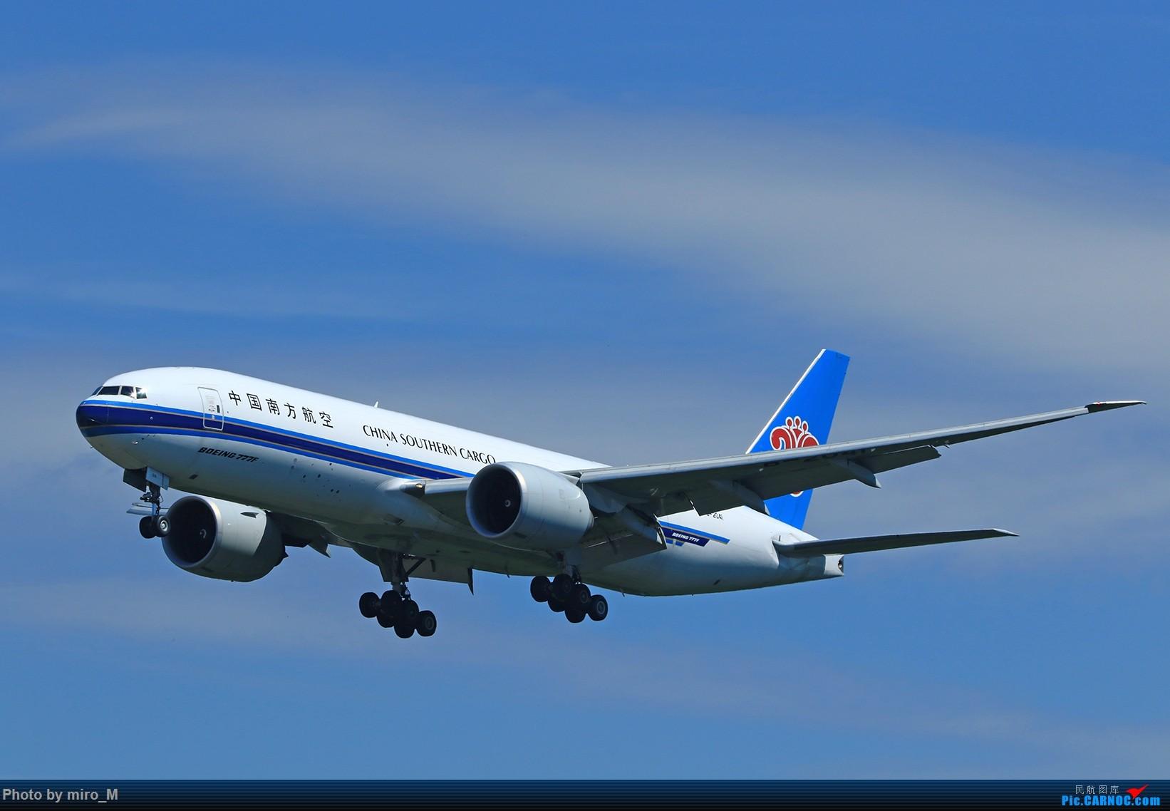 Re:[原创]欧洲浪了一圈,CS100,BAE146,fokker70等新老机型串着飞+ZRH,MUC,FRA,AMS,TLS拍机 BOEING 777-200F B-2041 德国法兰克福机场