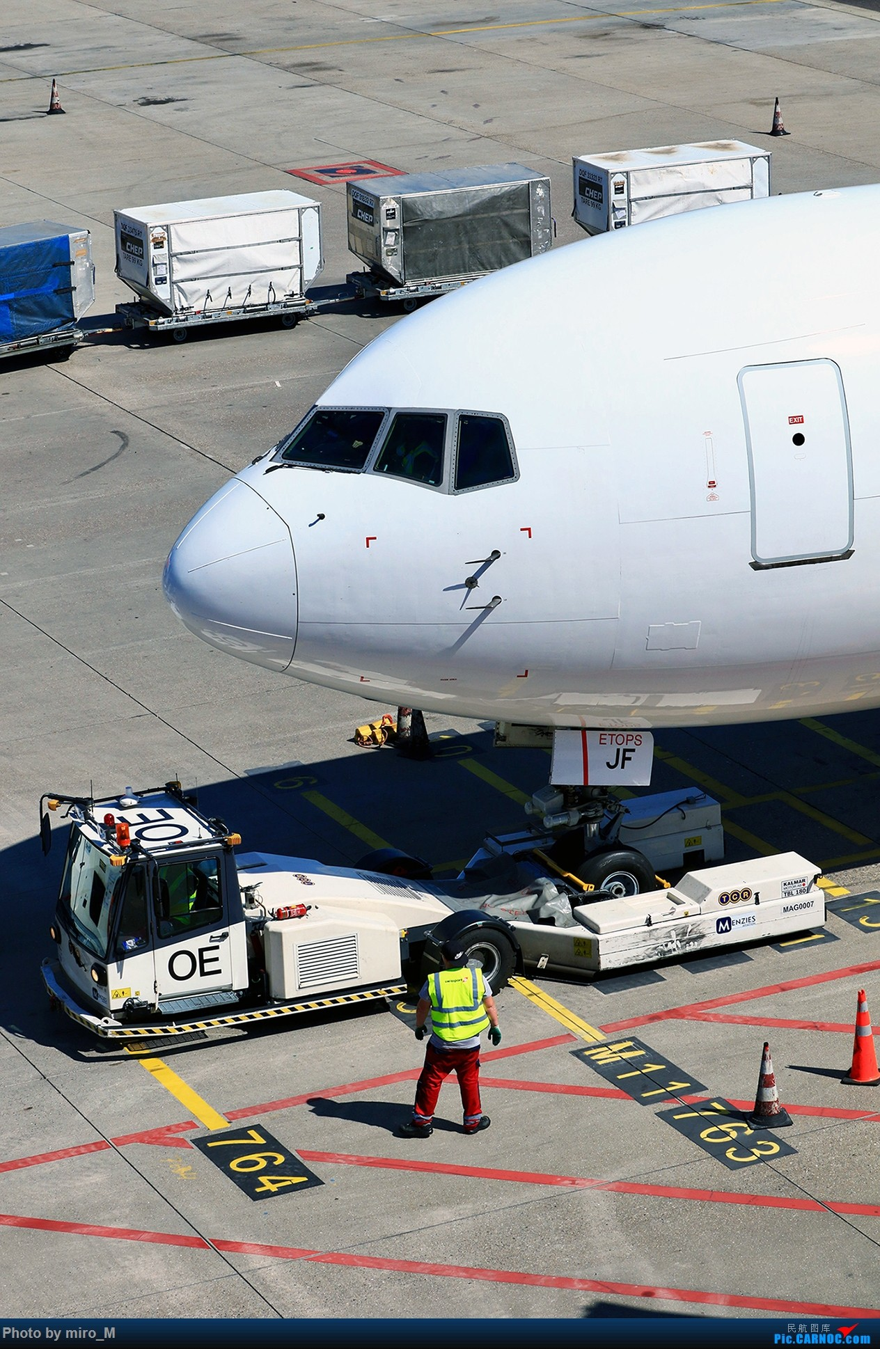 Re:[原创]欧洲浪了一圈,CS100,BAE146,fokker70等新老机型串着飞+ZRH,MUC,FRA,AMS,TLS拍机 BOEING 767-300 HB-JJF AMS