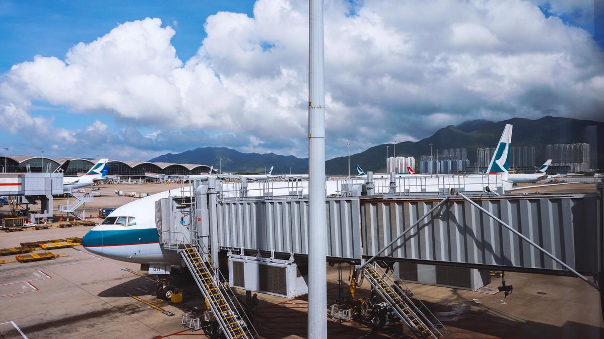 Re: [原创]【 回国八万里 | 兑现一个三年的承诺 | 金色海峡 | 下集 】 BOEING 777-300ER B-KQH 中国香港国际机场