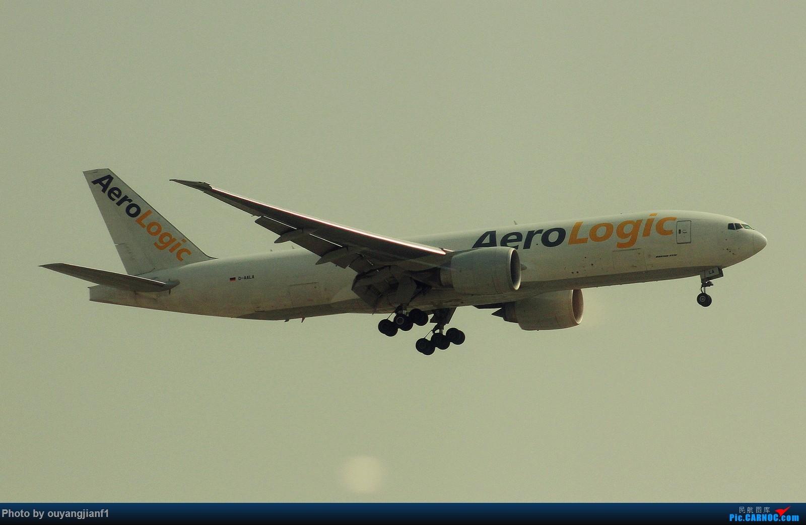 Re:[原创]很多年没有来贴图区了,记一次本不在计划中的迪拜拍机之行,在漫天黄沙中EK的380和777真的看到吐血.... BOEING 777-200F D-AALA 阿拉伯联合酋长国迪拜国际机场