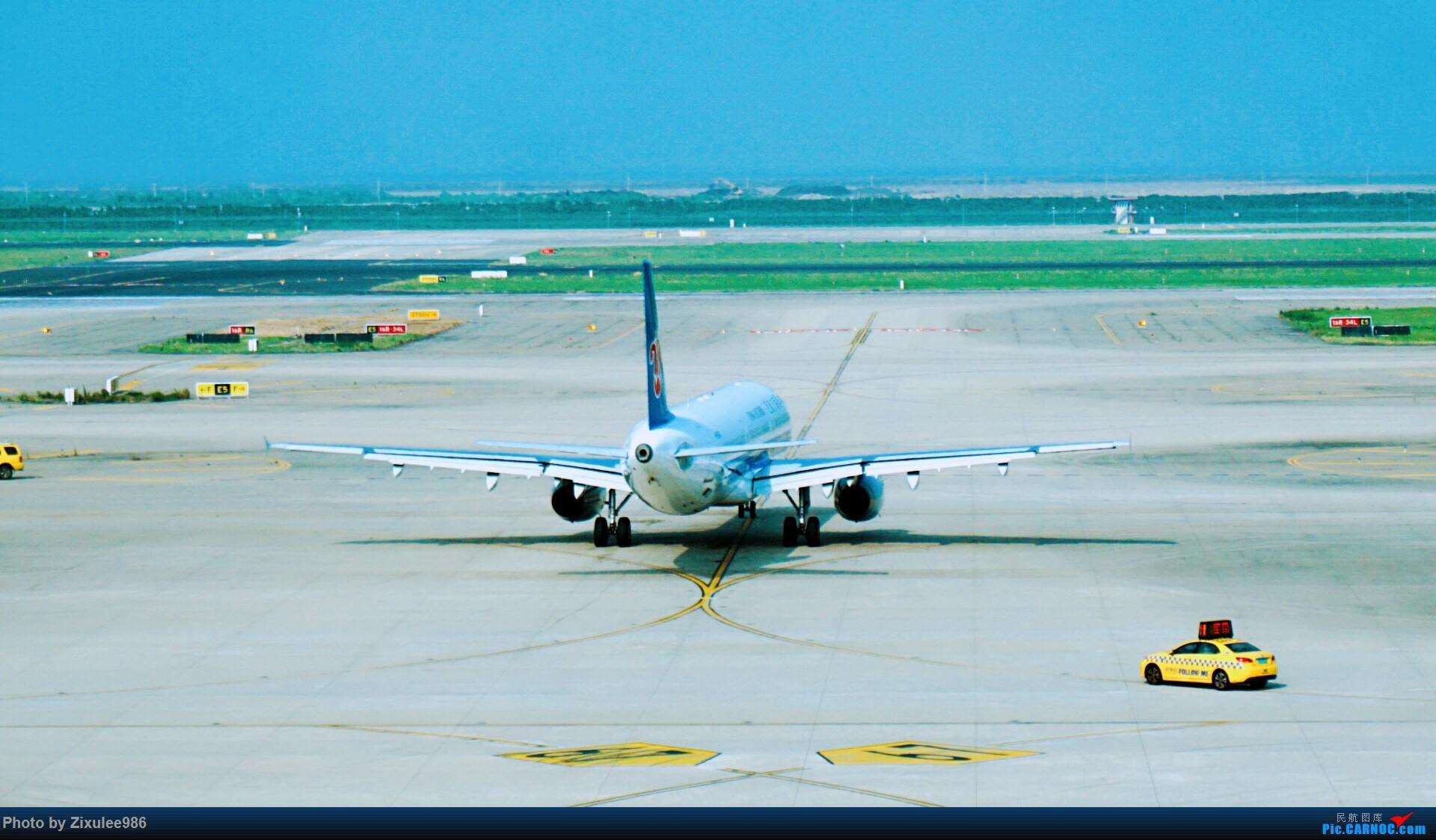 [原创][PVG] 一周半前候机瞎拍~一次性搞定3只胖子\(^o^)/ AIRBUS A320-200 B-6681 中国上海浦东国际机场