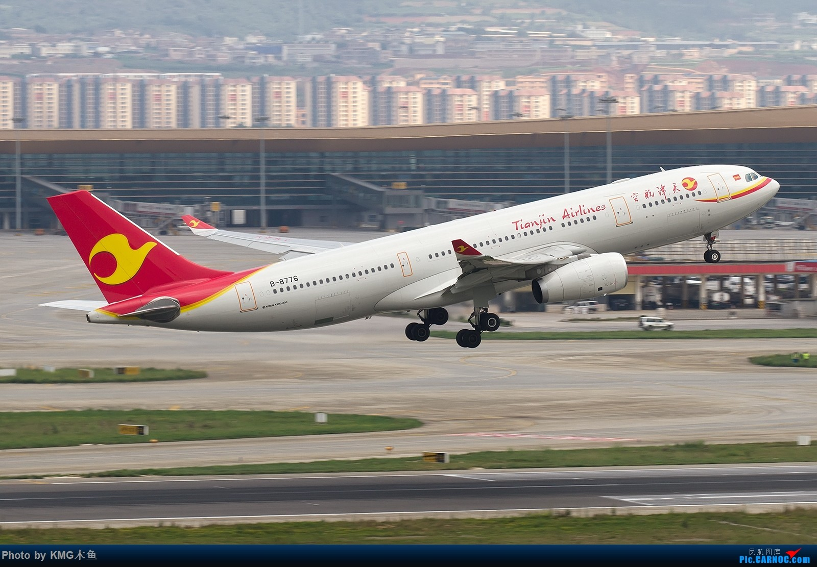 Re:[原创]【昆明长水国际机场——KMG木鱼拍机】第一次大中午的拍飞机,还好宽体比较多,也算是值得了 AIRBUS A330-200 B-8776 中国昆明长水国际机场