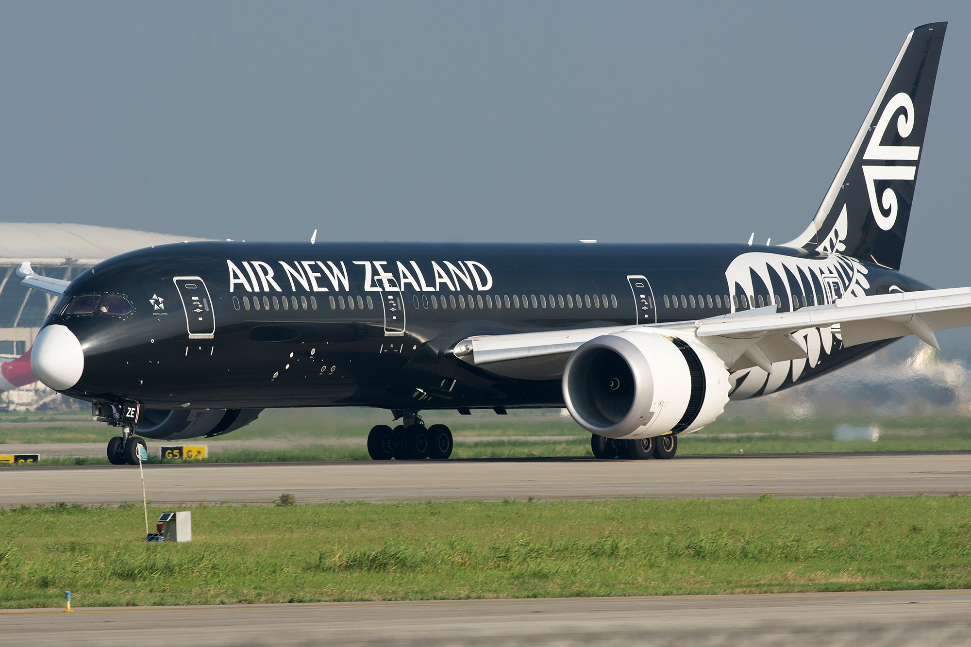 Re:[原创][PVG] 带着白口罩的黑色新西兰787-9 BOEING 787-9 ZK-NZE 中国上海浦东国际机场