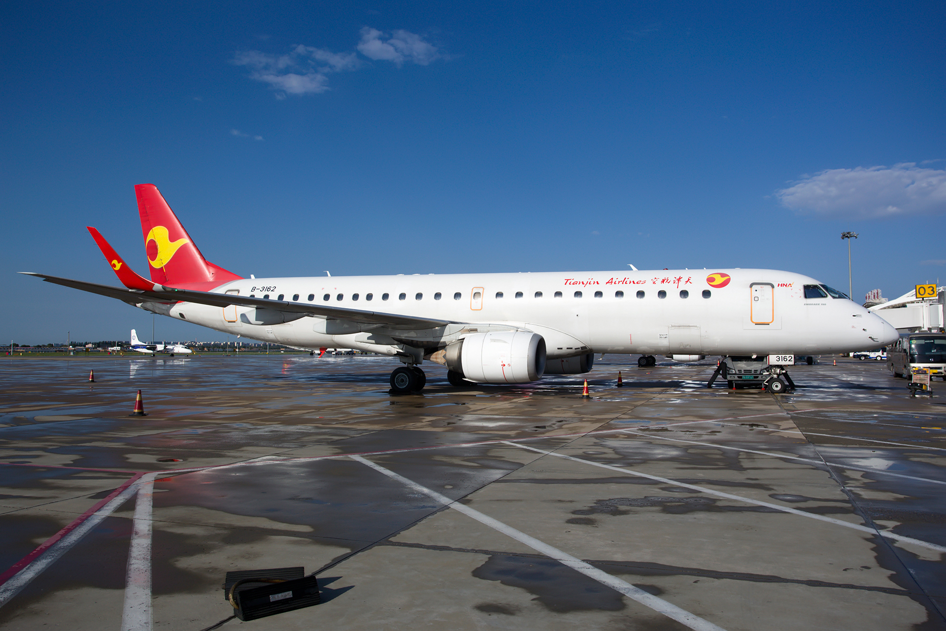 Re:[原创][NZH]。。。满洲里。。。 EMBRAER E-190 B-3162 中国呼和浩特白塔国际机场
