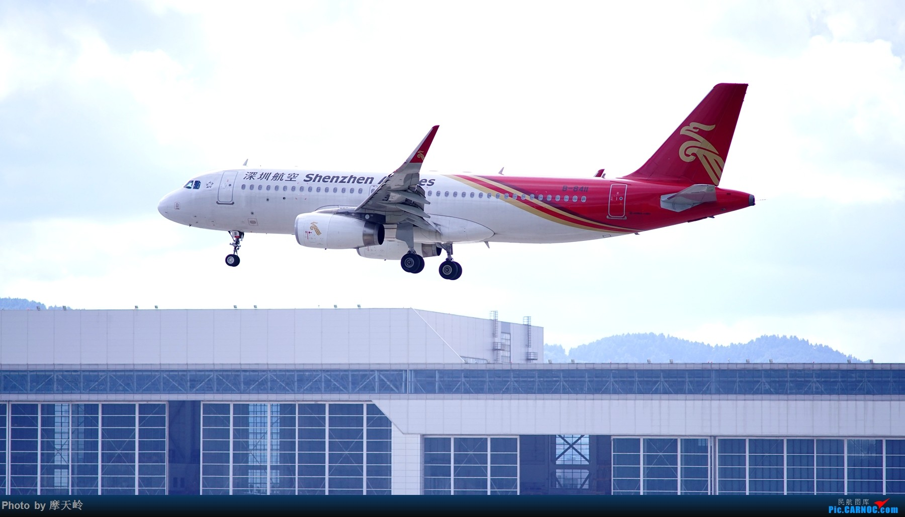 Re:[原创]kmg 长水东跑道 AIRBUS A320-200 B-8411 中国昆明长水国际机场