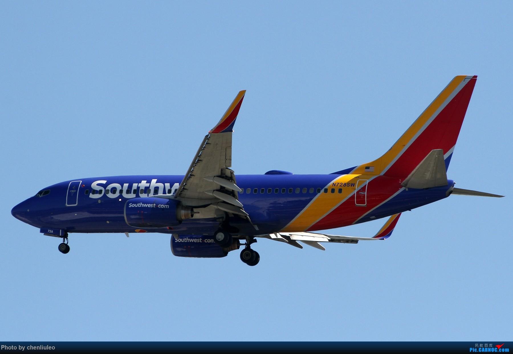 Re:【北美飞友会】本来是去等西南航空的新加州一号彩绘 结果有意外惊喜 美军C-40C BOEING 737-700 N728SW 美国圣路易斯机场