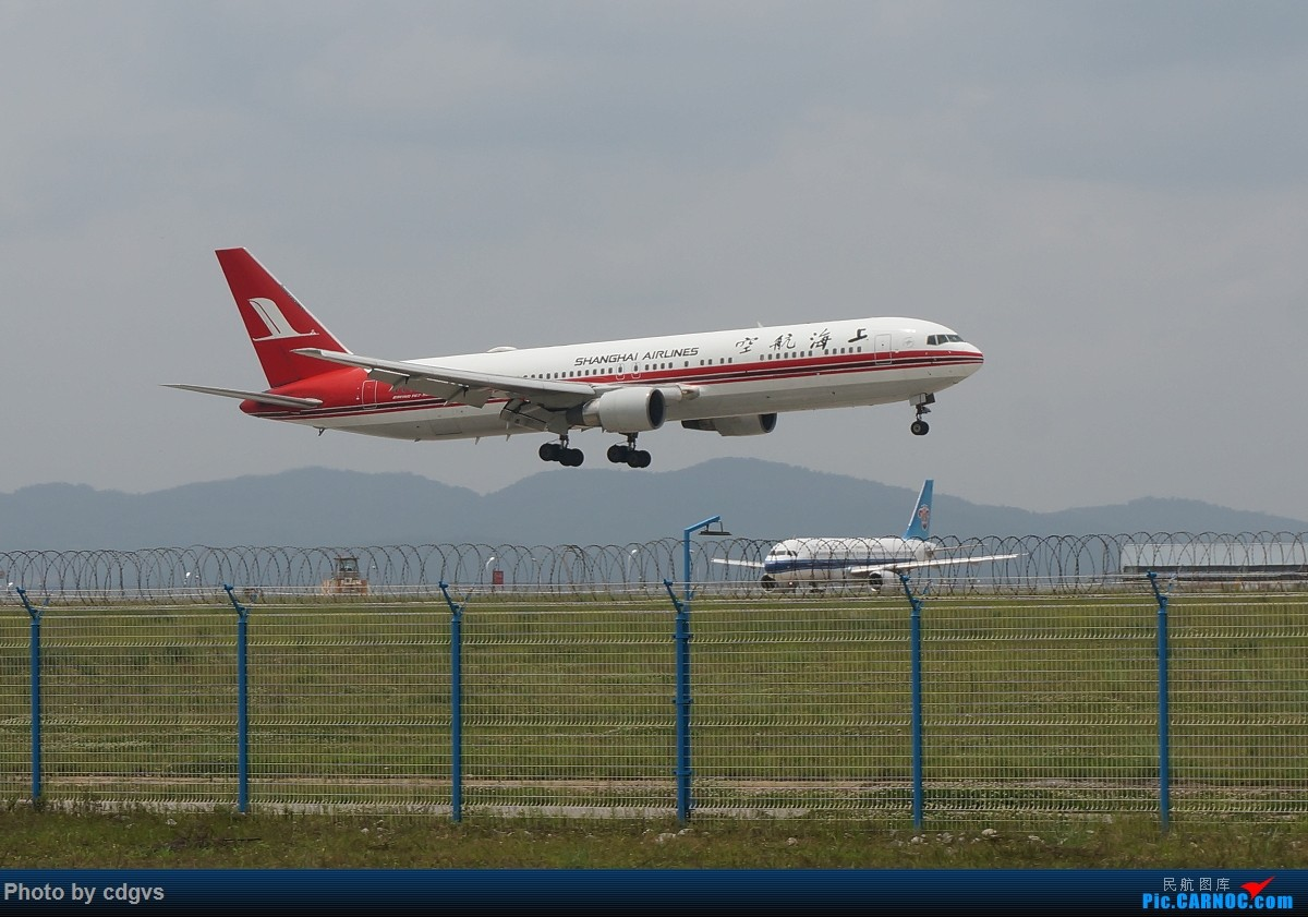 Re:[原创]【KMG】阴天独游长水,有宽体,有彩绘 BOEING 767-300 B-2567 中国昆明长水国际机场
