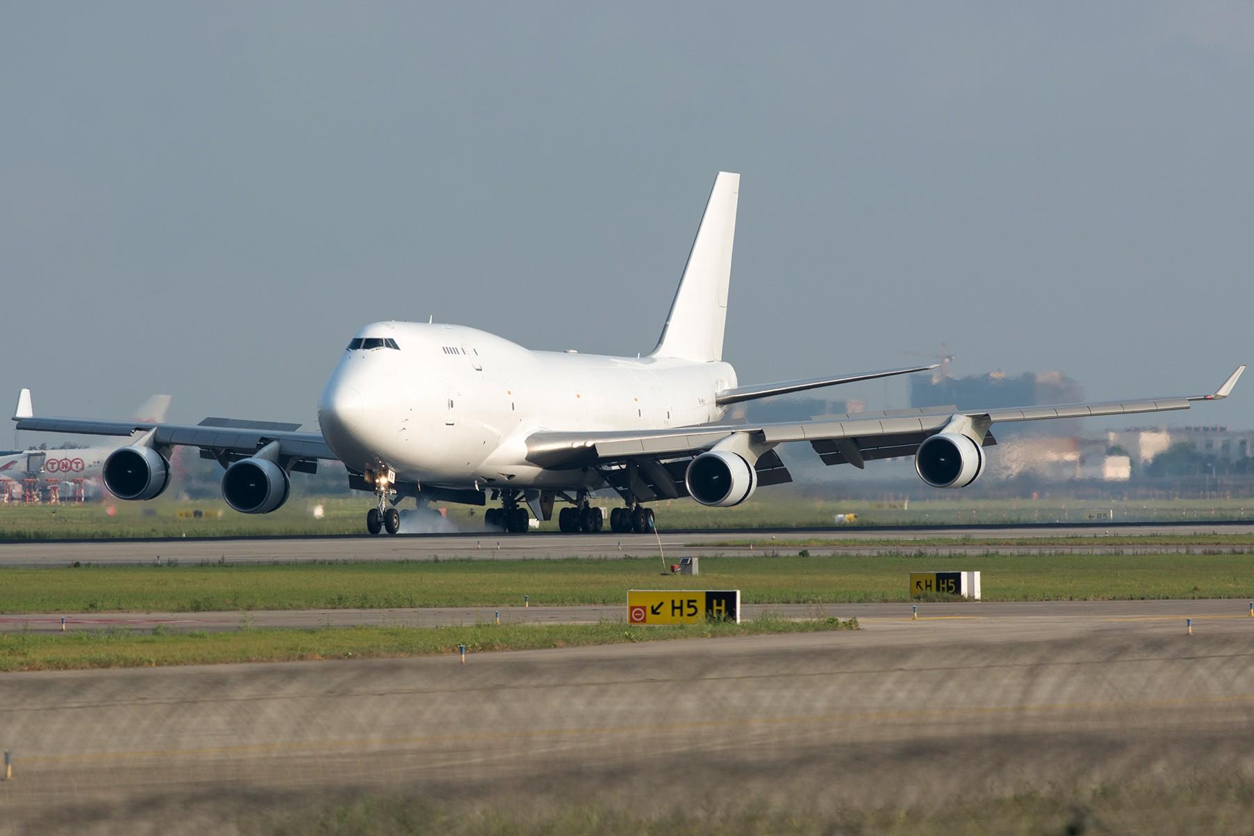 [原创]【PVG】大白斩鸡一组 BOEING 747-400 B-HKX 中国上海浦东国际机场