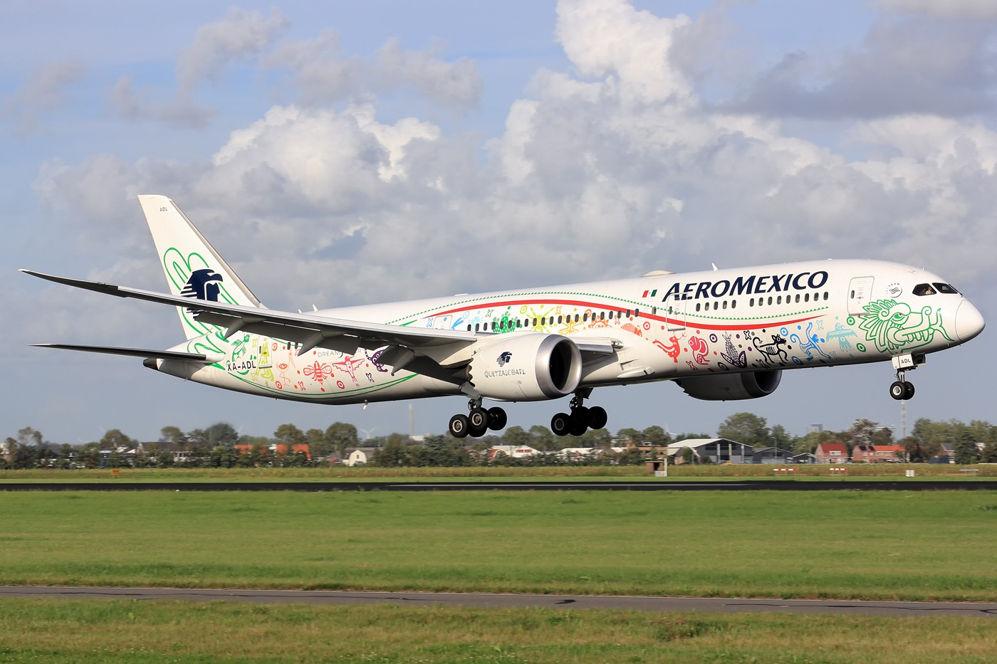 【AMS】午后拍机,墨西哥航空789 羽蛇神彩绘