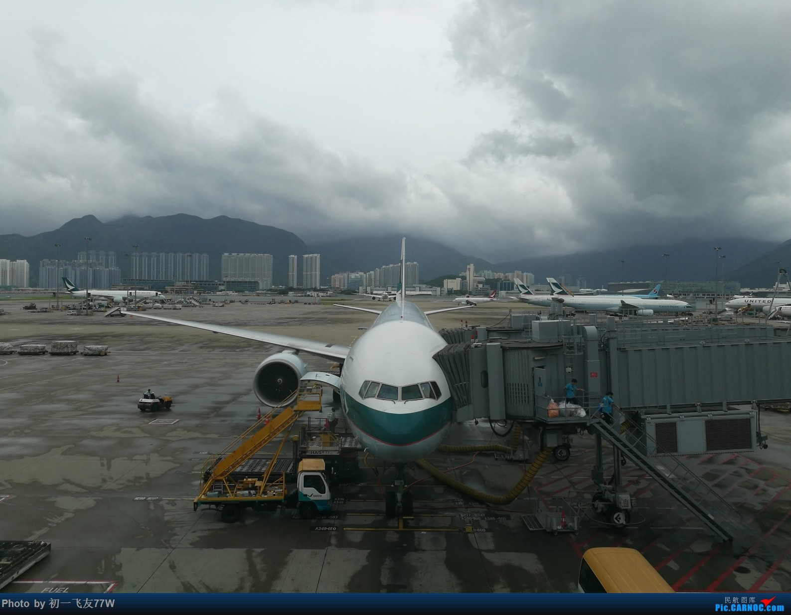 Re:[原创]香港到蒙特利尔,中转多伦多 B777-300
