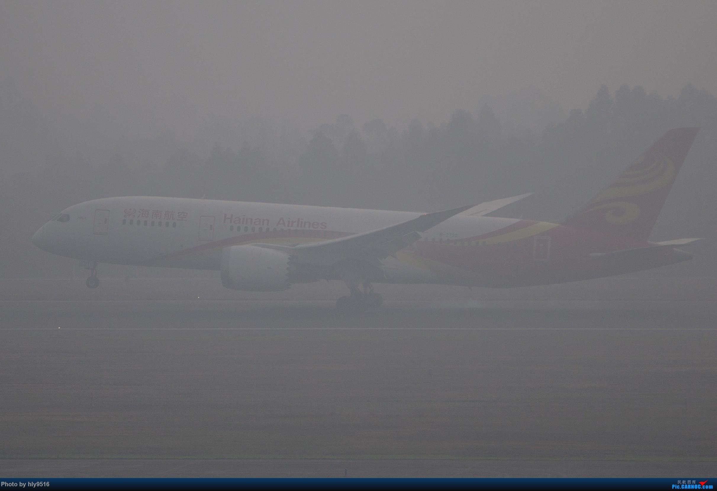 Re:[原创]【CTU】去年冬天老图一组,论成都的极致雾霾烂天 BOEING 787-8 B-2722 中国成都双流国际机场
