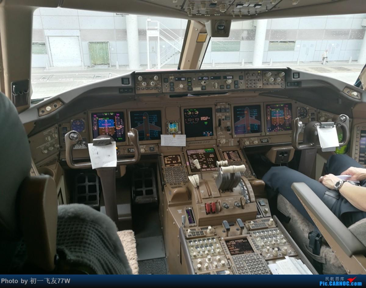 Re:[原创]香港到蒙特利尔,中转多伦多 BOEING 777-200LR  HKG