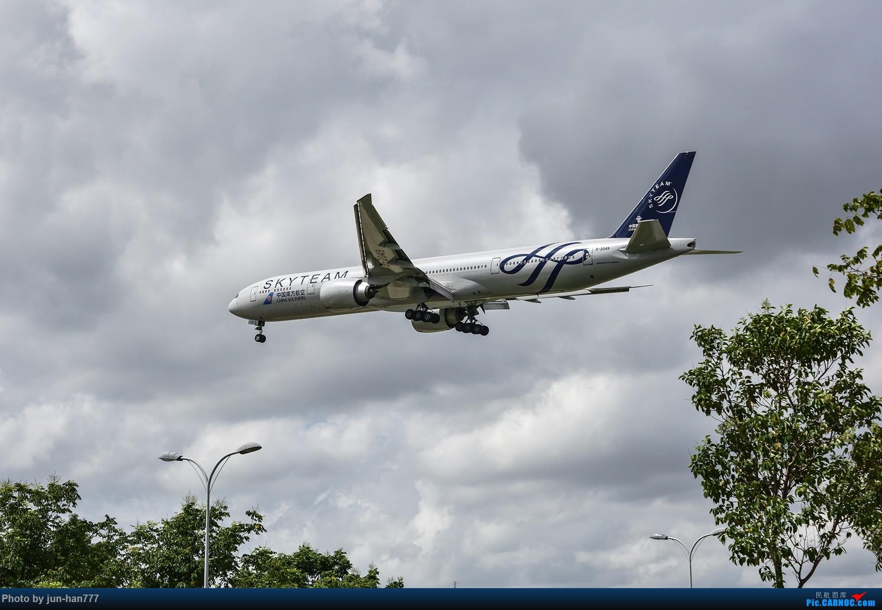 Re:冲破云霄 BOEING 777-300ER B-2049