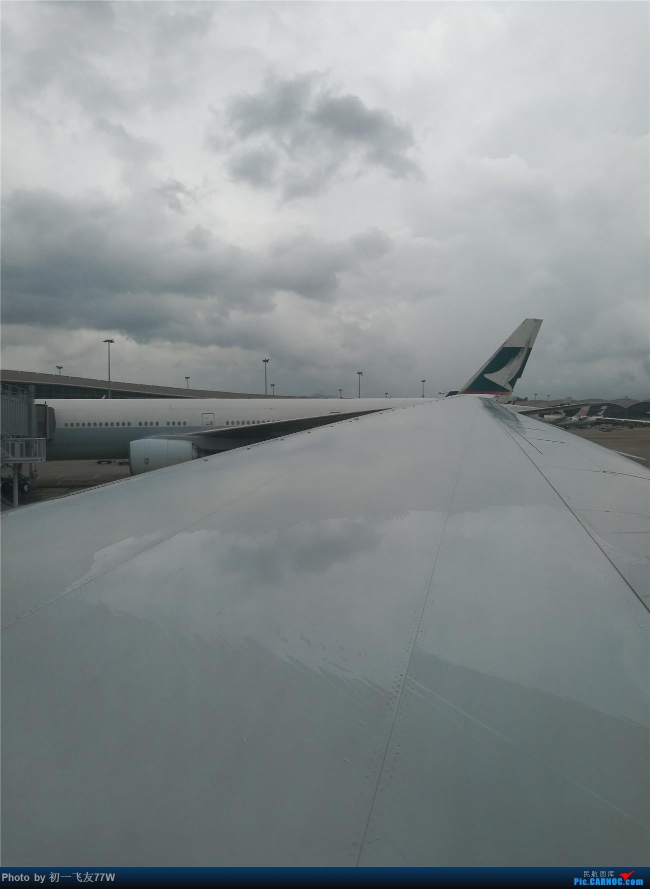 Re:[原创]香港到蒙特利尔,中转多伦多 BOEING 777-200LR CFNNH 香港赤鱲角国际机场