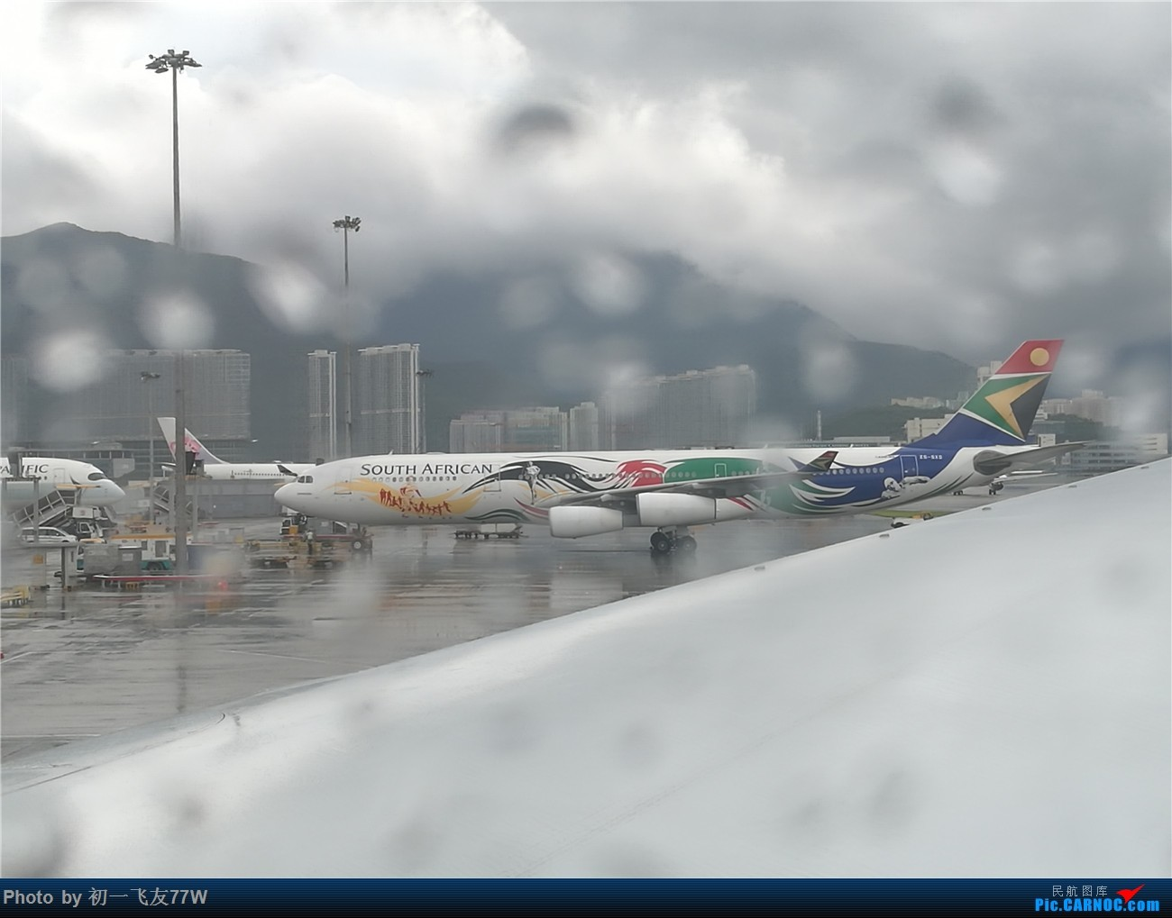 Re:[原创]香港到蒙特利尔,中转多伦多 AIRBUS A340