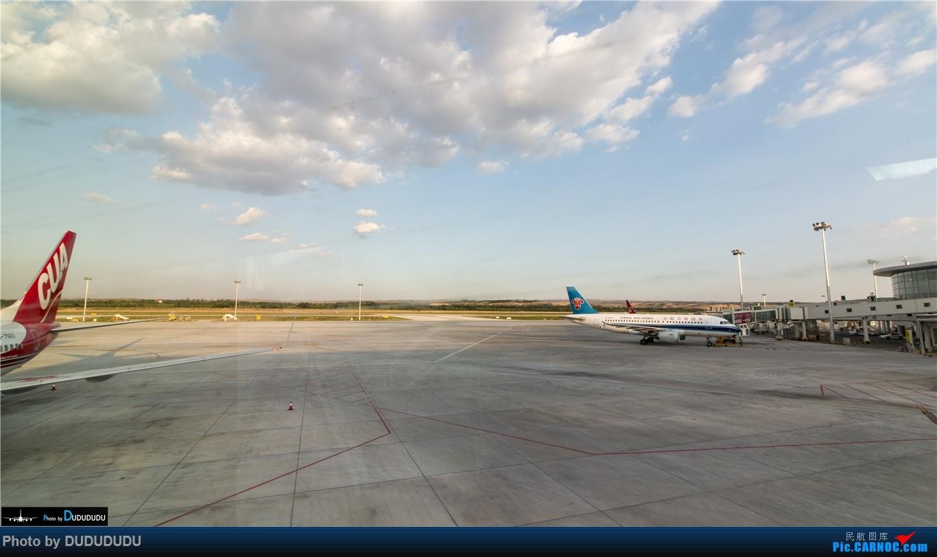 Re:[原创]【DUDUDUDU】暑期飞行合集 从A388到MA60 BOEING 737-800 B-7563 中国银川河东国际机场 中国银川河东国际机场