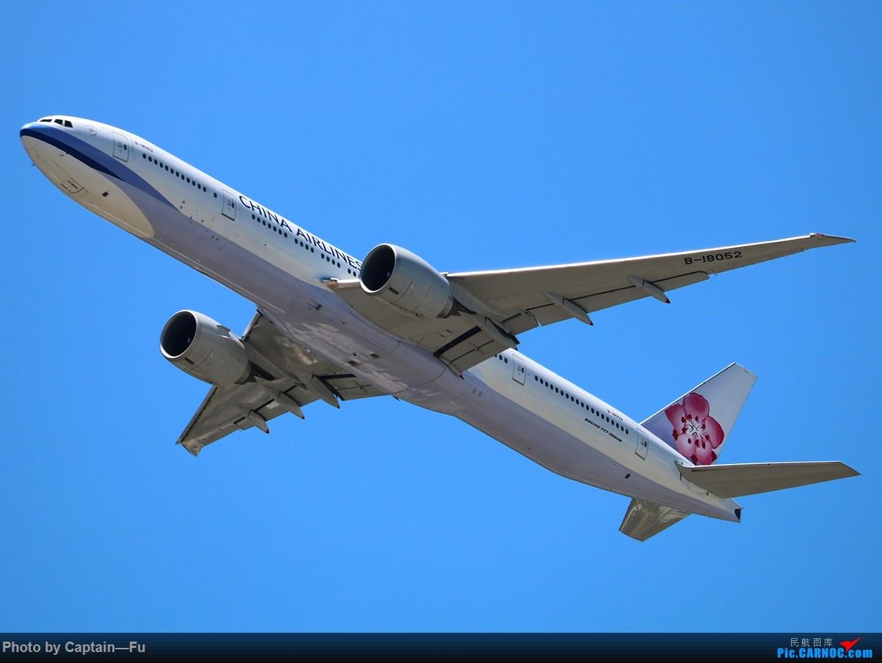 Re:[原创]香港拍机 BOEING 777-300ER B-18052 中国香港国际机场