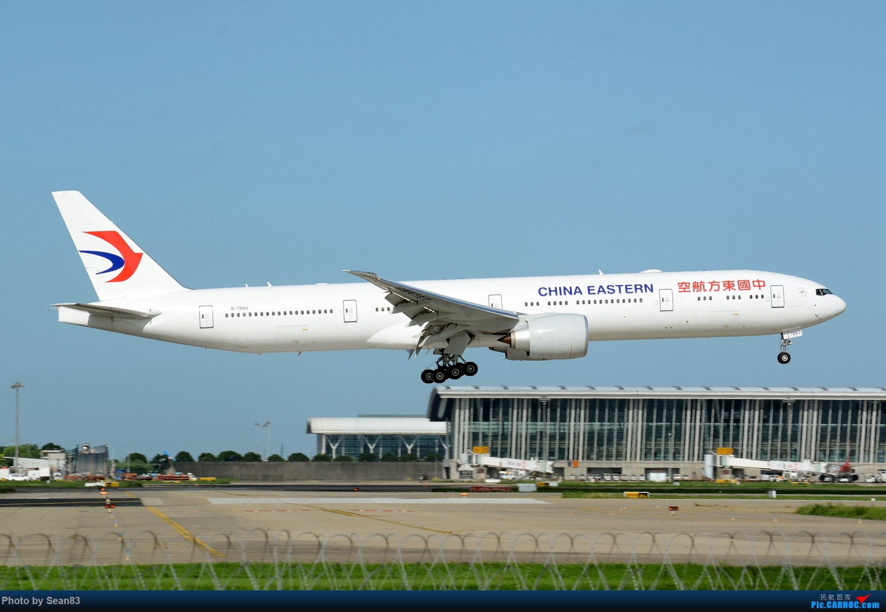 [原创](PVG 1800*)七夕发个777 BOEING 777-300ER B-7883 上海浦东国际机场