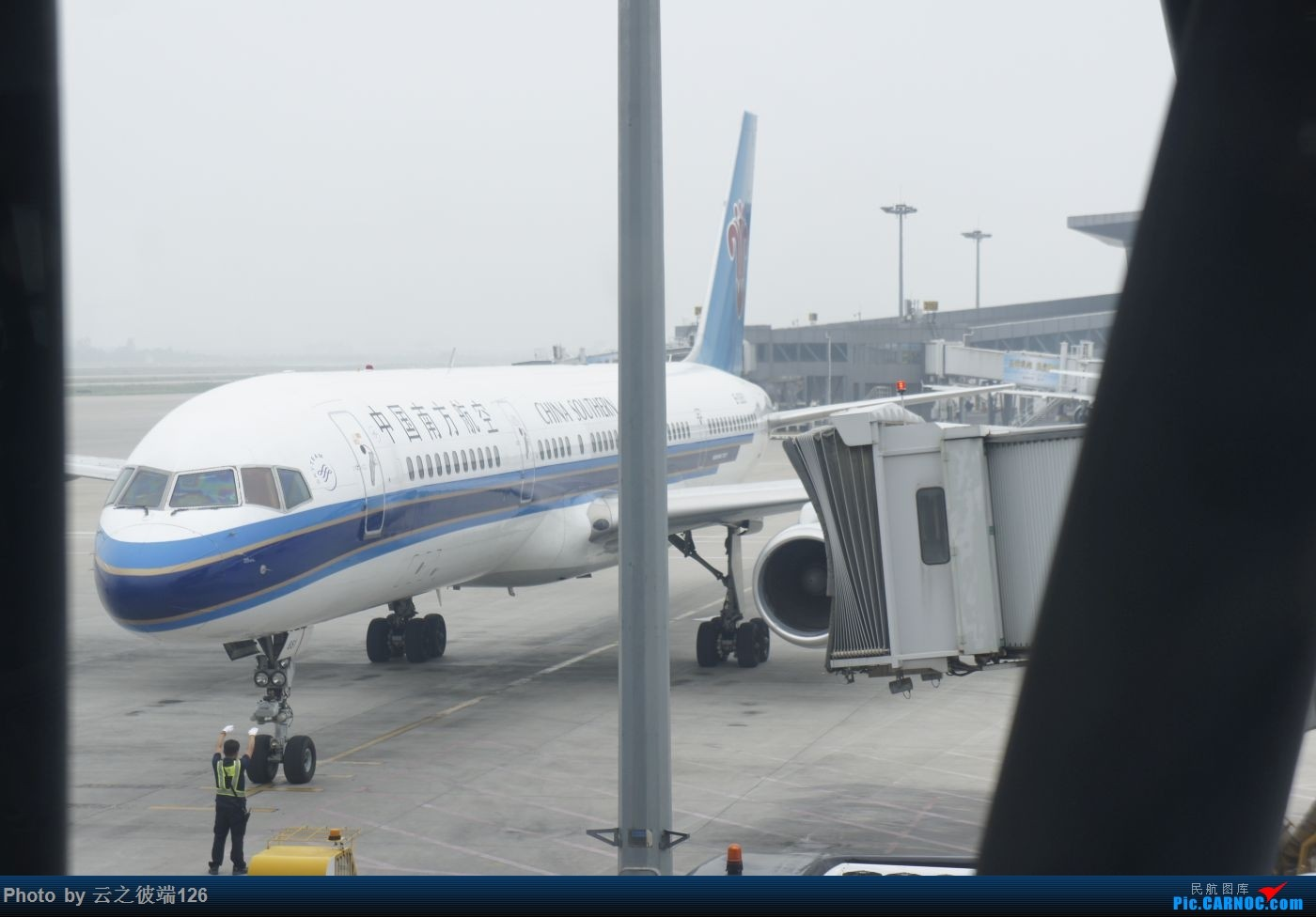 Re:[原创]---步入中原,时隔三年意外遇见你 NKG-XIY-HFE--- BOEING 757-200 B-2851 中国西安咸阳国际机场