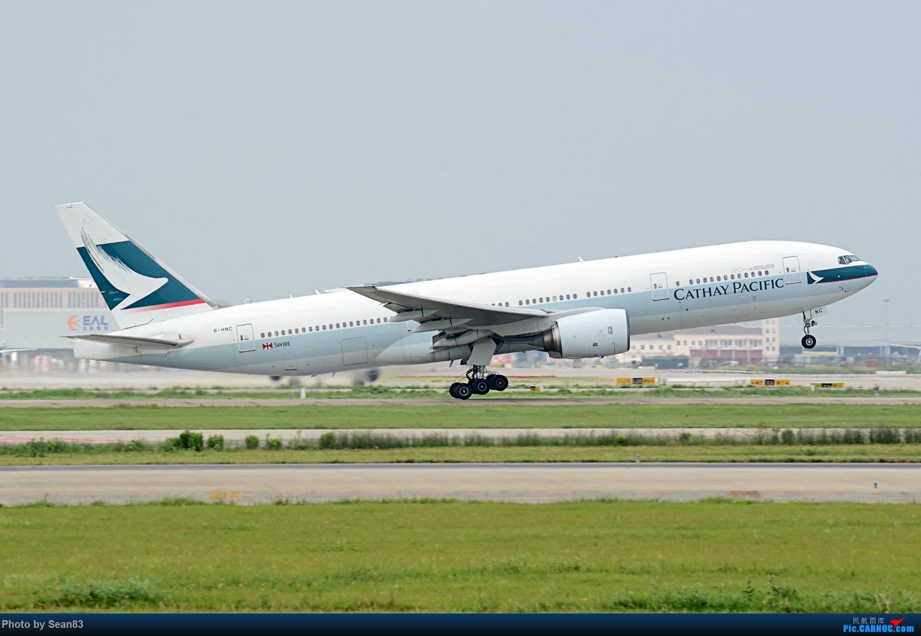 Re:[原创](PVG 1800*)国泰 两机拉起 BOEING 777-200 B-HNC 上海浦东国际机场