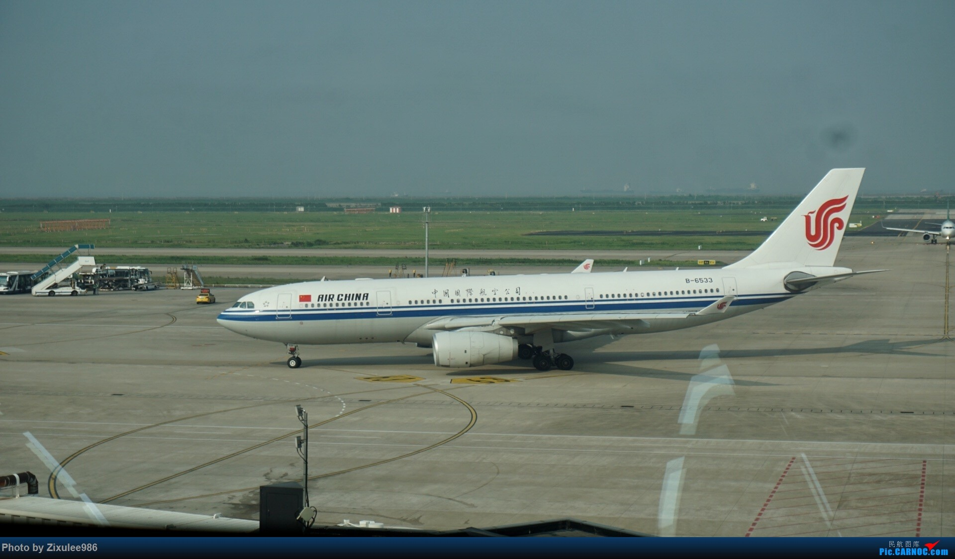Re:[原创]加拿大21日游学之旅(一)~JJN-PVG-YYZ..(内含flightlog)~第一次发游记~多图缓更请谅解 AIRBUS A330-200 B-6533 中国上海浦东国际机场