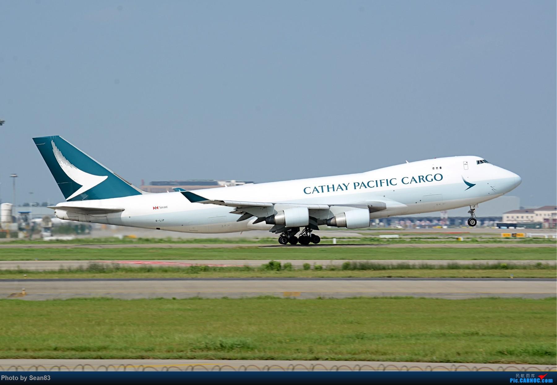 [原创](PVG 1800*)国泰 两机拉起 BOEING 747-400F B-LIF 上海浦东国际机场