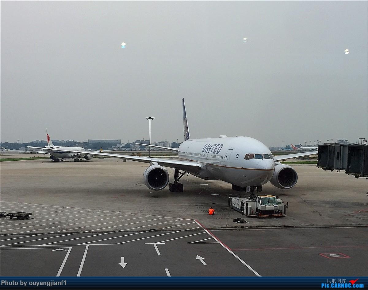 Re:[原创]好久没有发游记了,正好前段时间去了趟阿联酋,那就发一篇阿联酋深度游的游记吧.... BOEING 777-200 N797UA 中国北京首都国际机场