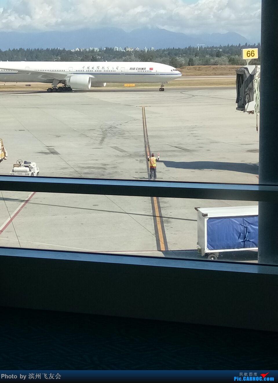 Re:[原创]回家之路-温哥华飞向北京,国航执飞 BOEING 777-300ER B-7869 加拿大温哥华机场