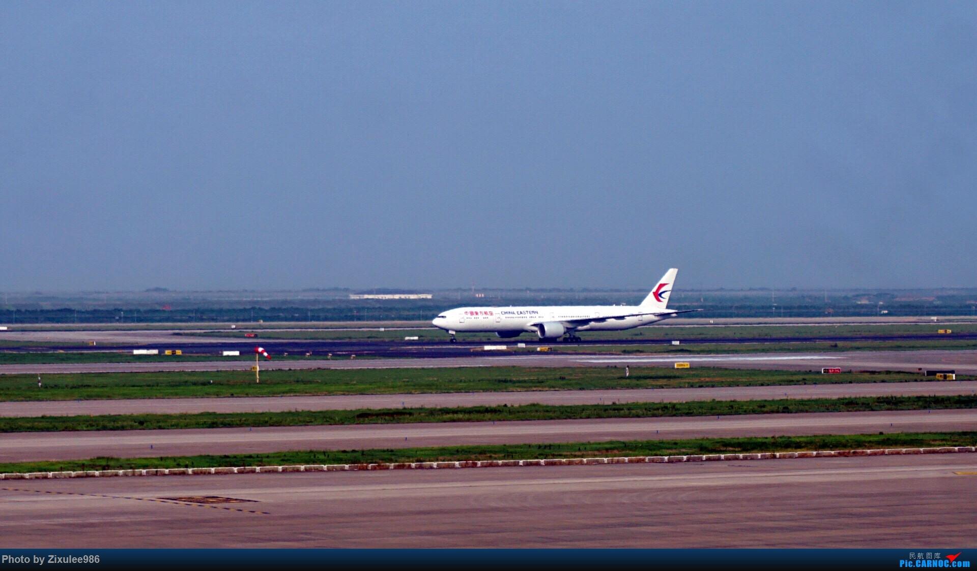 Re:加拿大21日游学之旅(一)~JJN-PVG-YYZ..(内含flightlog)~第一次发游记~多图缓更请谅解 BOEING 777-39P (ER) B-2023 中国上海浦东国际机场