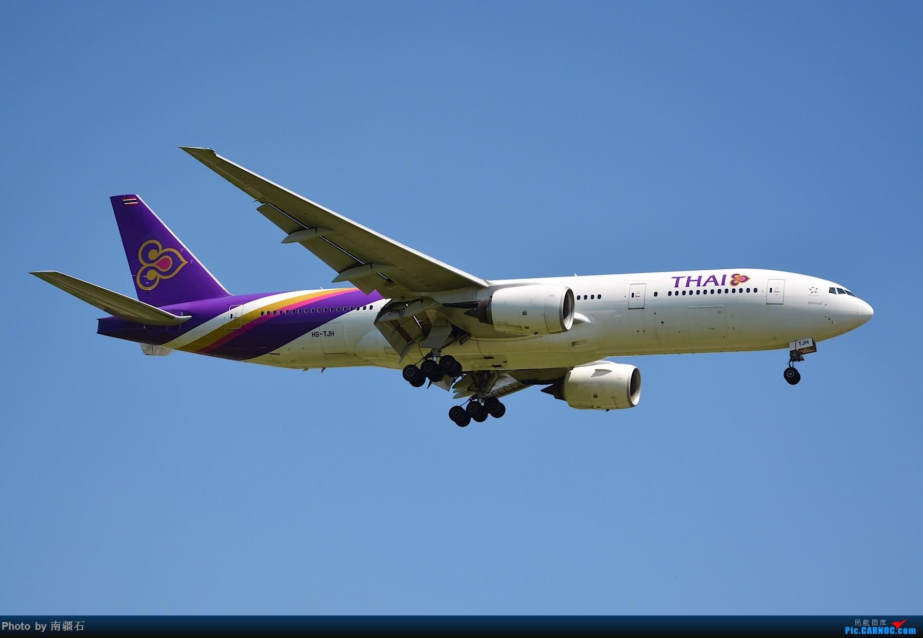 Re:[原创]CTU 9.6 20R降落精选几张 BOEING 777-200 HS-TJH 中国成都双流国际机场