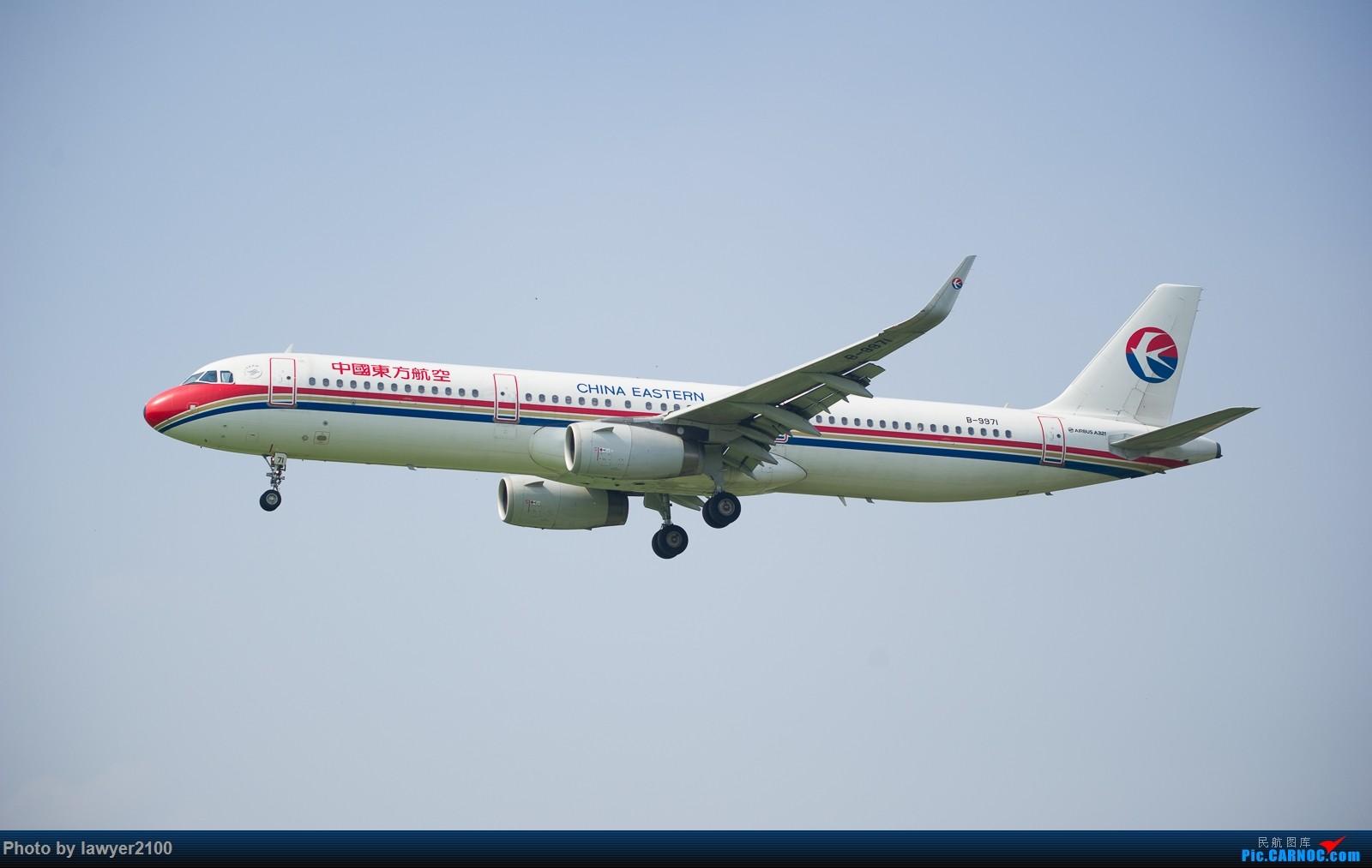 Re:[原创]HGH,一组落地背影 AIRBUS A321-200 B-9971 中国杭州萧山国际机场