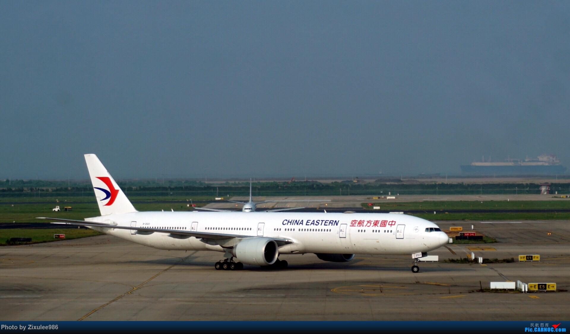 Re:[原创]加拿大21日游学之旅 (二)~加航AC28..PVG-YYZ到达多村后的雨天~多图缓更,请各位大侠谅解~ BOEING 777-39P(ER) B-2023 中国上海浦东国际机场