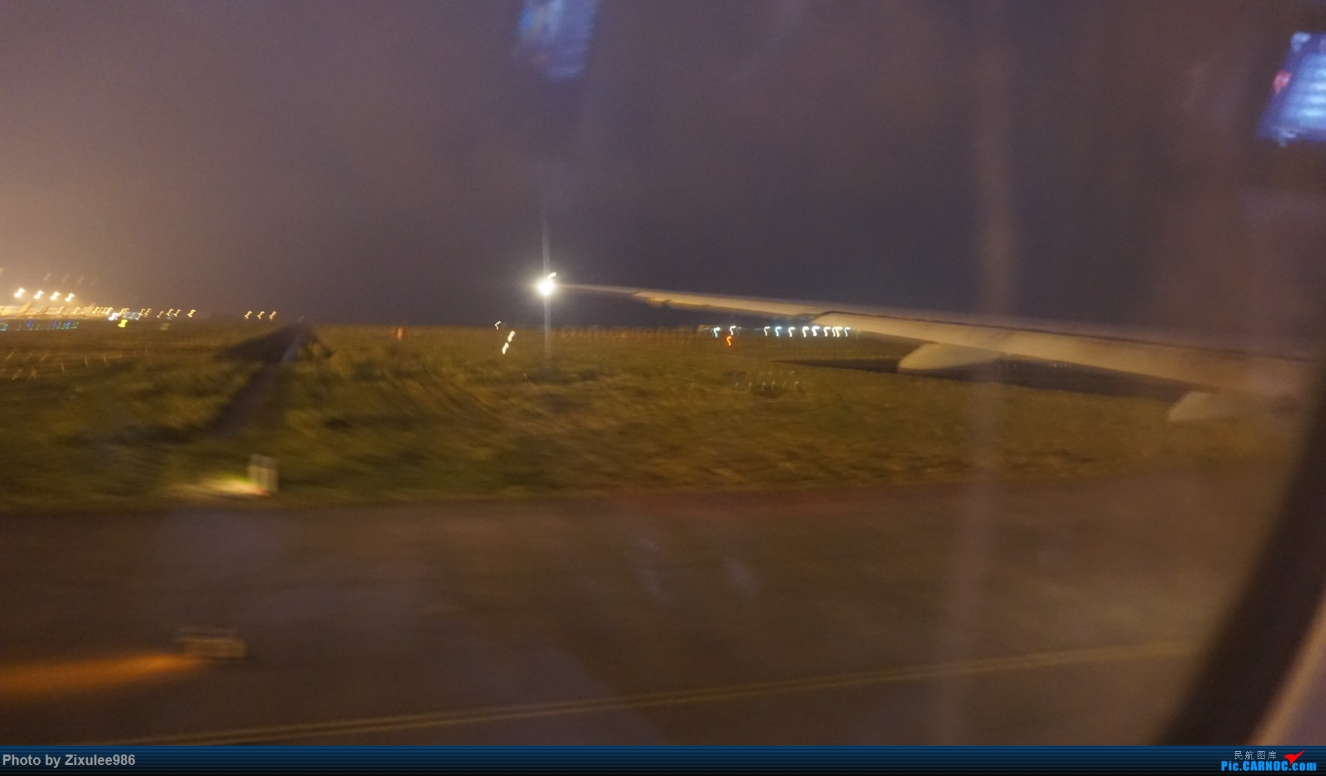 Re:[原创]加拿大21日游学之旅 (二)~加航AC28..PVG-YYZ到达多村后的雨天~多图缓更,请各位大侠谅解~ BOEING 777-333(ER) C-FITL 中国上海浦东国际机场