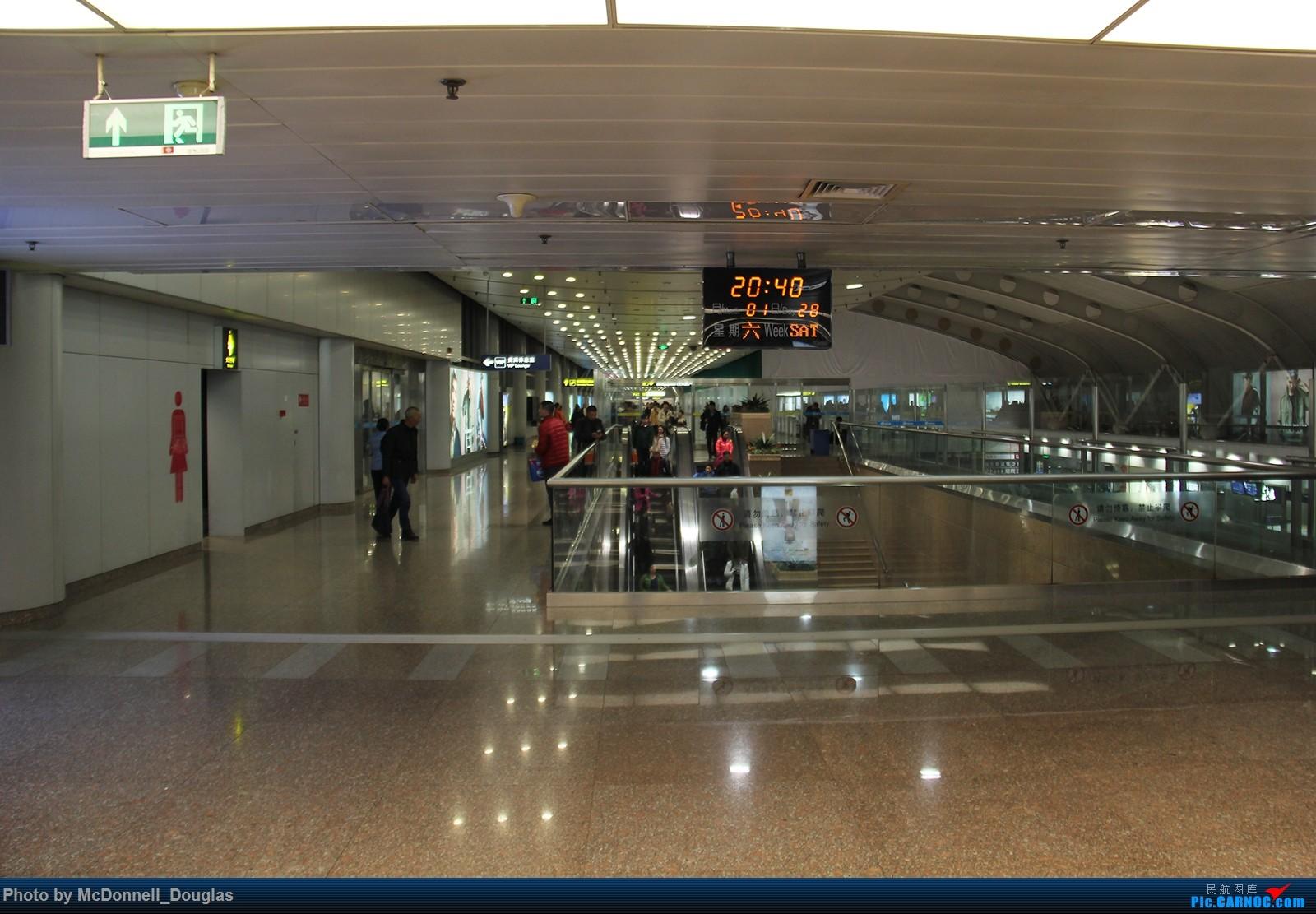 Re:[原创]【上海飞友会】【zc带你游天下(4)】不远千里飞跃喜马拉雅去看你,探寻高山另一边的神秘国度,和一群贫穷却快乐着的人们 AIRBUS A321-200 B-6642  中国北京首都国际机场