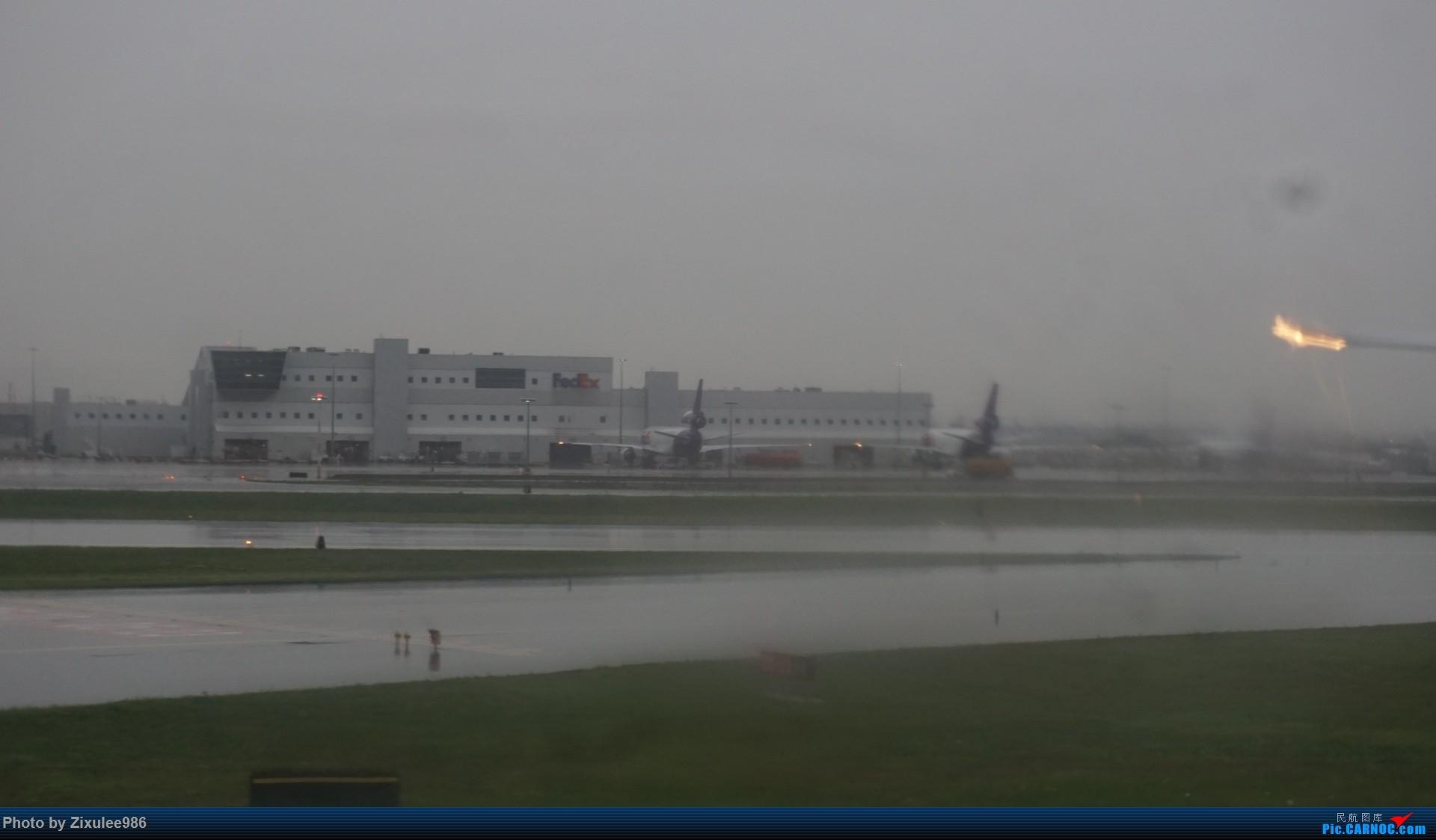 Re:[原创]加拿大21日游学之旅 (二)~加航AC28..PVG-YYZ到达多村后的雨天~多图缓更(将会附上上一集忘发的flightlog)请各位大侠谅解~ BOEING 777-333 (ER) C-FITL 加拿大多伦多皮尔逊国际机场