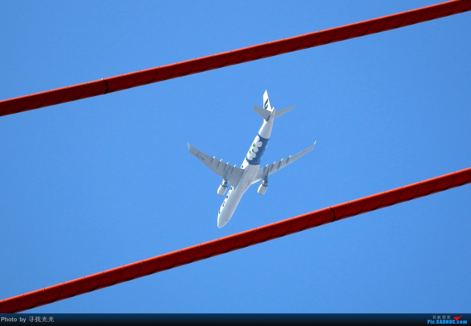 Re:[原创]飞机与山城重庆的桥 AIRBUS A330-300  重庆南滨路