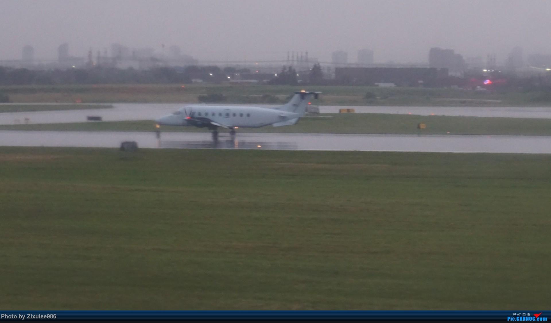 Re:[原创]加拿大21日游学之旅 (二)~加航AC28..PVG-YYZ到达多村后的雨天~多图缓更(将会附上上一集忘发的flightlog)请各位大侠谅解~ CESSNA T206H  加拿大多伦多皮尔逊机场