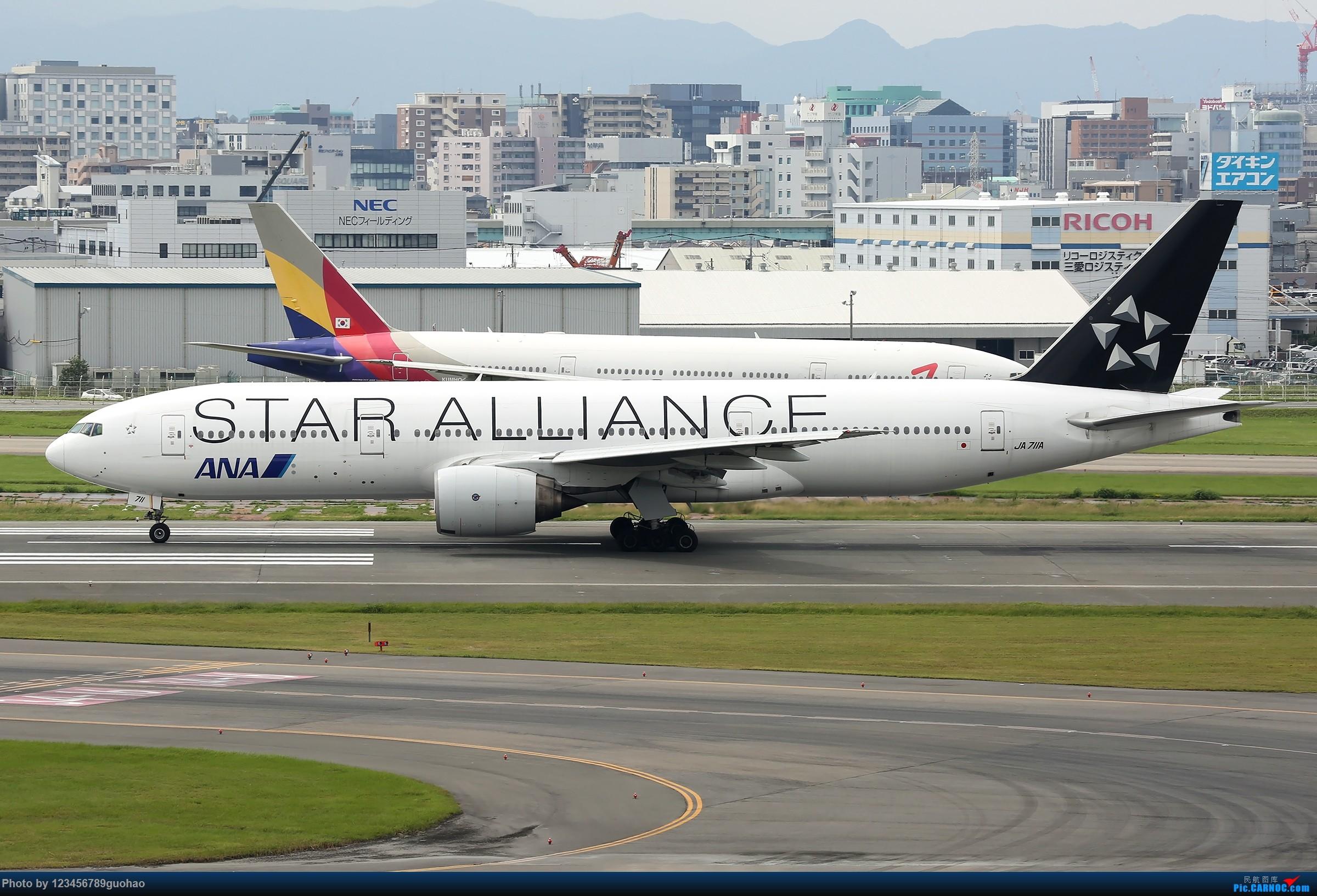 Re:[原创]ANA星星 BOEING 777-200 JA711A 日本福冈机场