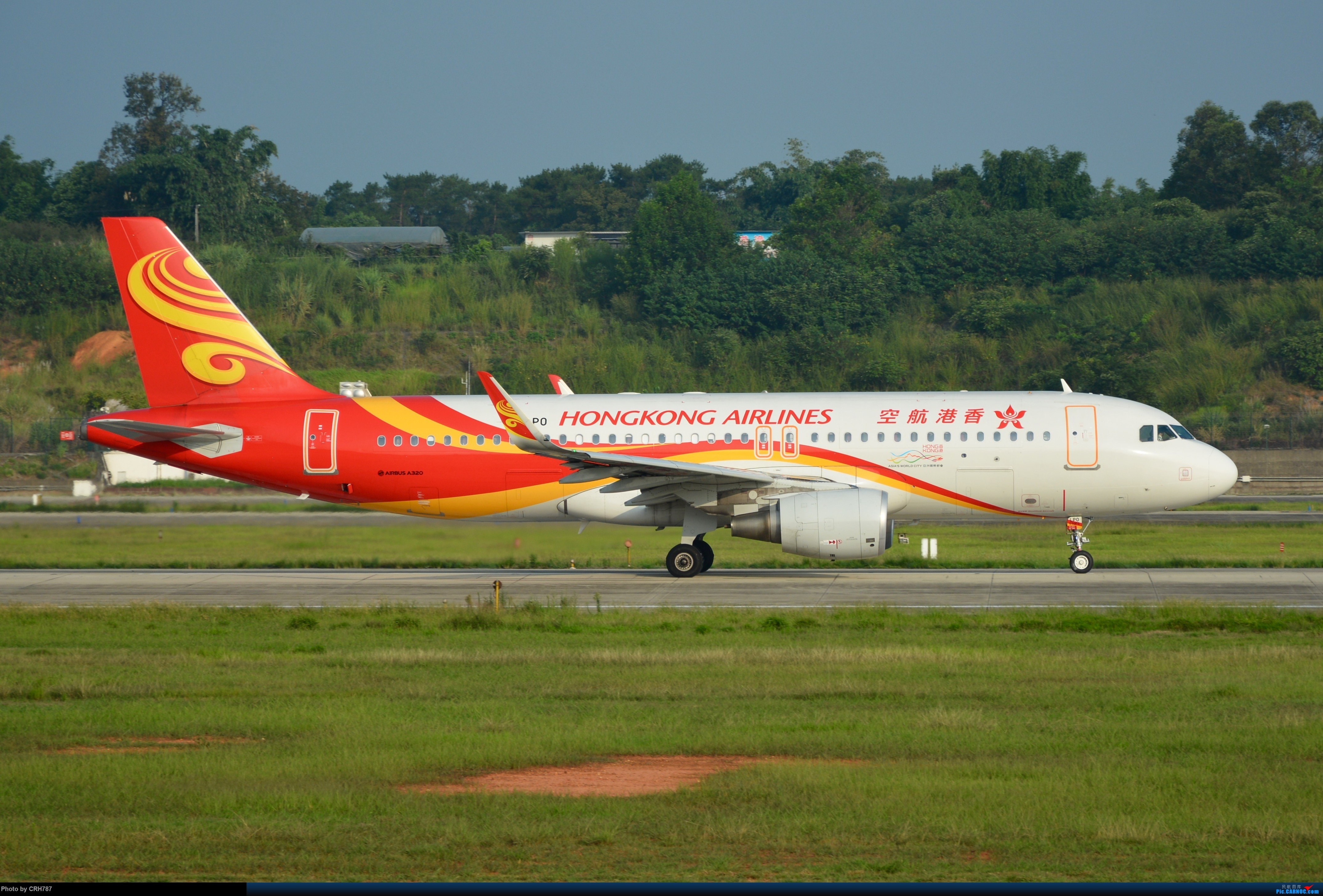 Re:[原创]CTU 320两只 四川航空 香港航空 AIRBUS A320-200 B-LPO 中国成都双流国际机场