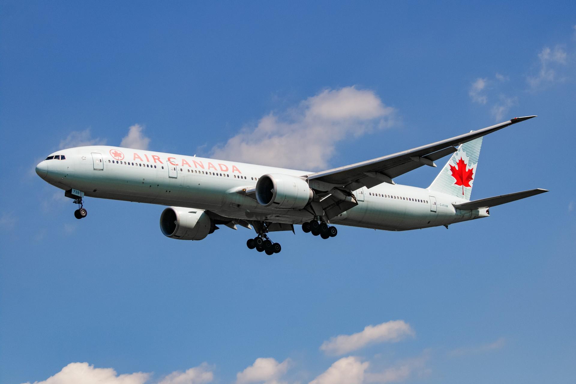 Re:[原创]【Rocketman】8.23 PEK拍机纪行 BOEING 777-300ER C-FIVM 中国北京首都国际机场