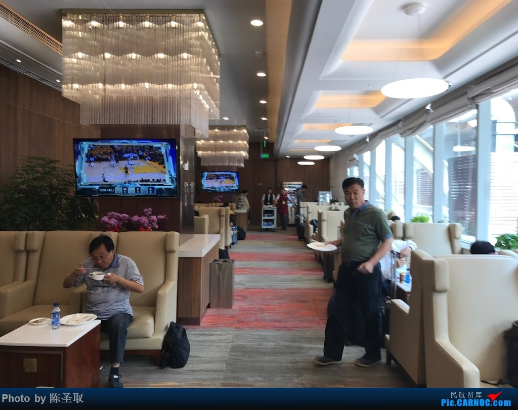 Re:【Kris游记42】与厦航757失之交臂,再乘我航京沪线77W,中国东方航空 MU5112 PEK-SHA    中国北京首都国际机场