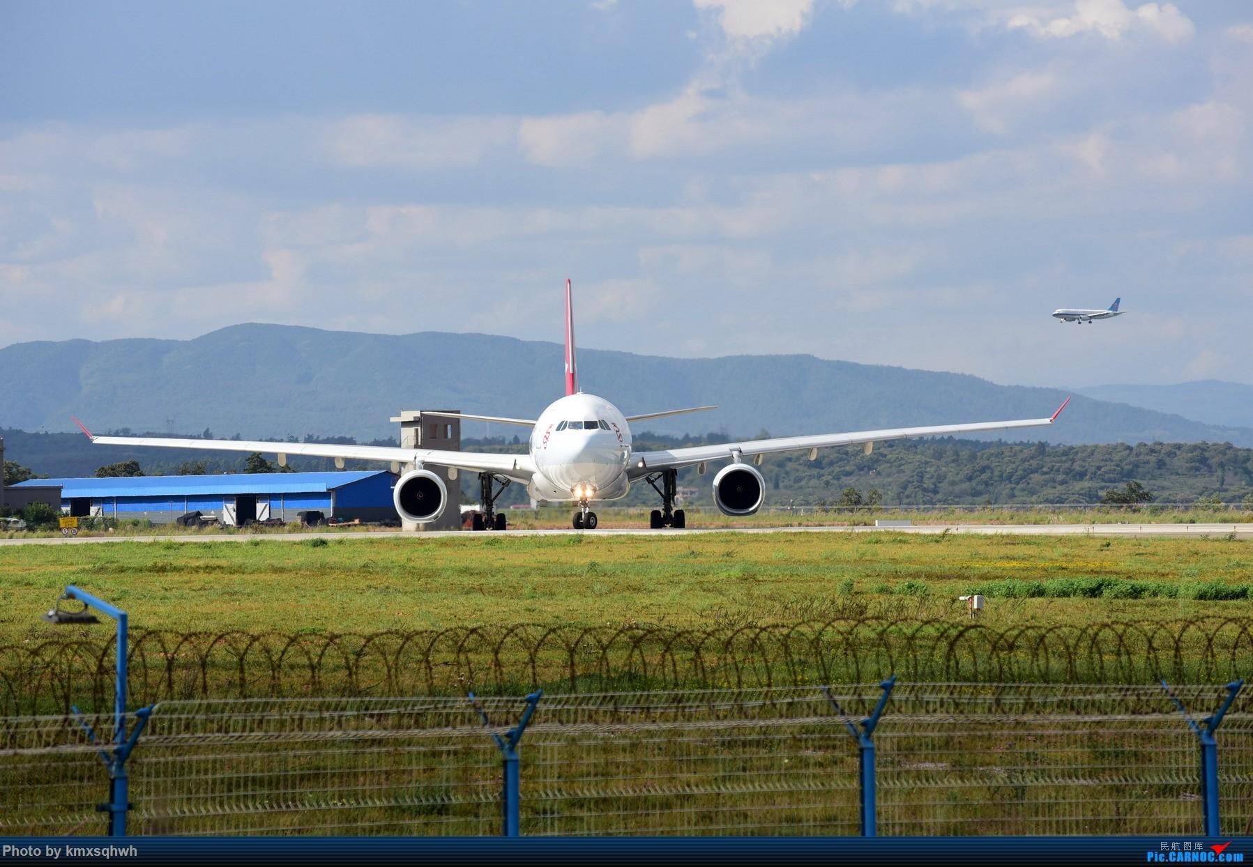 [原创]国庆长水拍机 AIRBUS A330-300 B-HLE 昆明长水国际机场