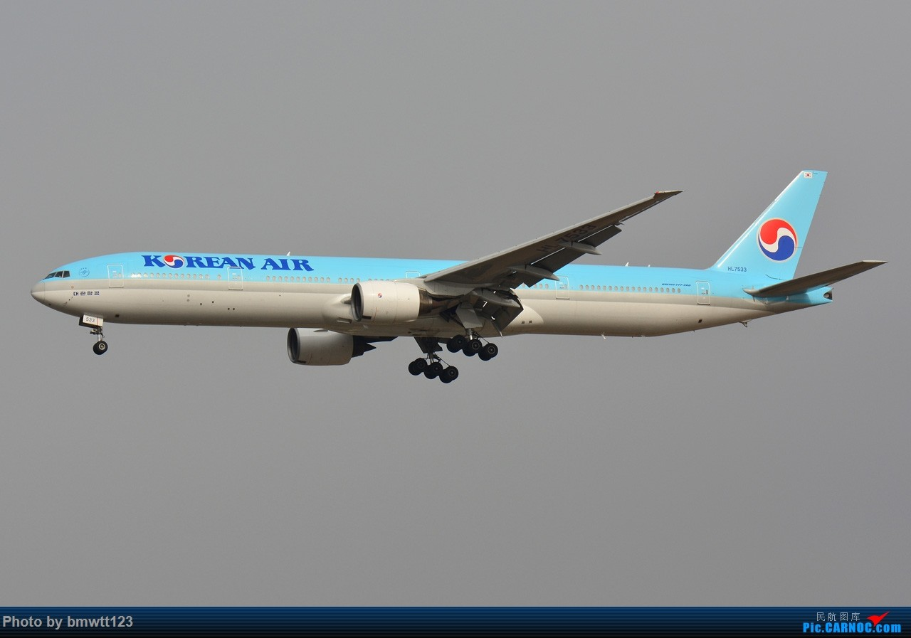 Re:[原创]【SHE沈阳】第40次桃仙拍机,苏霍伊100+青岛航+桂林航。。 BOEING 777-300 HL7533 中国沈阳桃仙国际机场