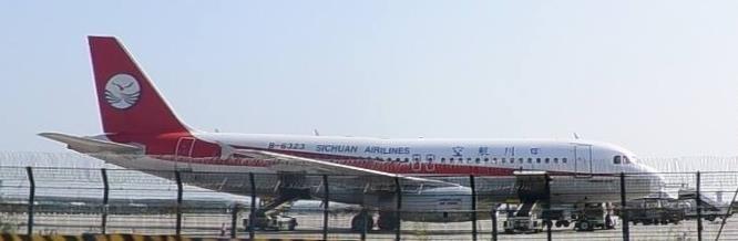 Re:Re:[原创]【二图】中国南方航空公司B77-200(B-2054) AIRBUS A320-200 B-6323 中国广州白云国际机场
