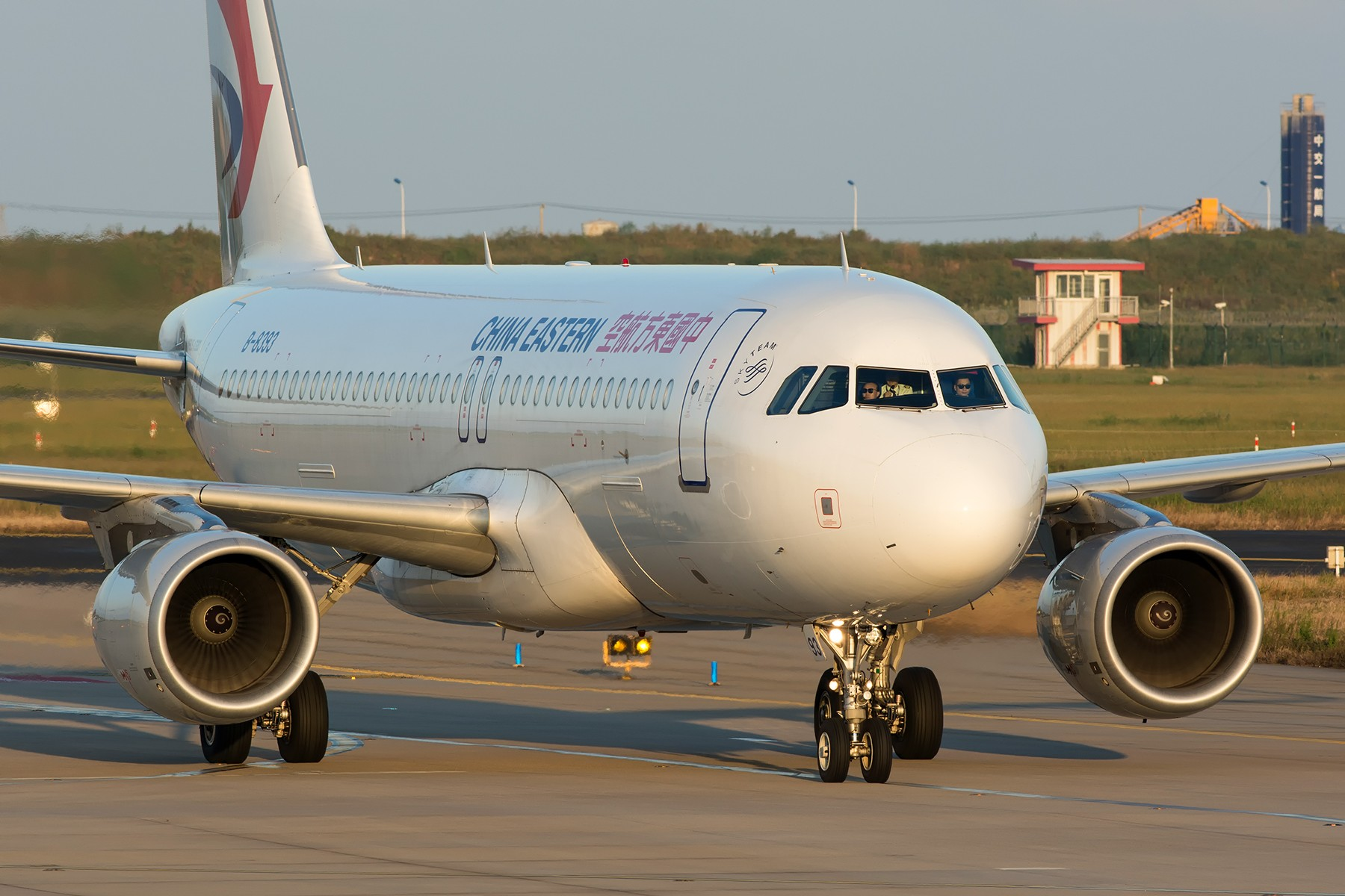 Re:[原创]【PVG】夕阳无限好,只是近黄昏 AIRBUS A320-200 B-8393 中国上海浦东国际机场