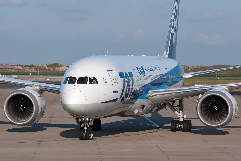 Re:[原创][PVG] 霸气的777和787正面照一组 BOEING 787-8 JA820A 中国上海浦东国际机场
